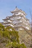 美丽的白色著名与老结构的世界遗产treditional木城堡保留在Himaji 免版税库存照片