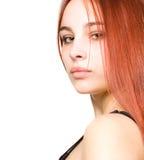 美丽的眼睛女孩绿色头发红色年轻人 免版税图库摄影