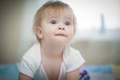美丽的矮小的婴孩。 库存照片