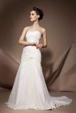 美丽的礼服婚礼妇女年轻人 免版税库存图片