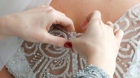 婚纱配件 美丽的礼服绣与宝石 股票视频
