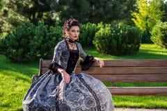 美丽的礼服葡萄酒妇女 库存照片
