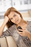 美丽的移动电话纵向妇女 库存图片
