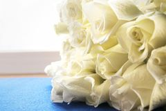 美丽的空白玫瑰花束 背景典雅花卉 免版税库存照片
