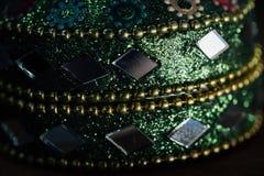 美丽的粉碎的抽象玻璃马赛克装饰的细节 装饰的背景 选择聚焦 库存照片