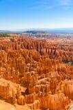 美丽的红色岩石不祥之物和圆形剧场风景看法从日落点,布莱斯峡谷国家公园,犹他,美国 免版税库存图片