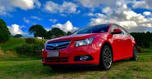 美丽的红色汽车 免版税库存图片