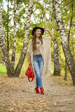 美丽的纵向妇女年轻人 免版税库存照片