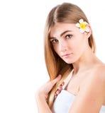 美丽的纵向温泉妇女年轻人 免版税库存照片