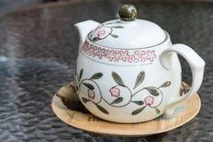 美丽的罐茶 库存照片