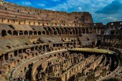 美丽的罗马斗兽场的惊人的看法,罗马,意大利 免版税库存照片