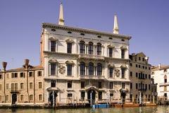 美丽的老大厦在威尼斯 免版税库存照片
