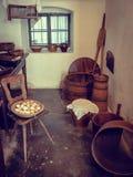 美丽的老房子内部在Wallachian村庄 免版税图库摄影