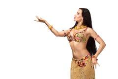 美丽的肚皮舞表演者妇女 图库摄影