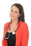 美丽的自然年轻女性医生With听诊器 免版税库存照片