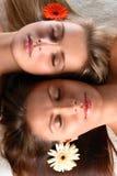 美丽的花二名妇女 库存图片