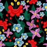 美丽的花刺绣的样式纺织品设计的 免版税库存照片