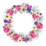 美丽的花卉花圈 免版税库存照片