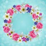 美丽的花卉花圈 免版税库存图片