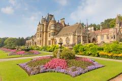 以美丽的花园为特色的Tyntesfield议院Wraxhall北部萨默塞特英国英国维多利亚女王时代的豪宅 免版税图库摄影