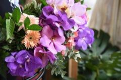 美丽的花束花 库存图片