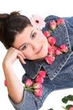 美丽的花桃红色妇女 免版税库存图片