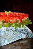 美丽的草莓乳酪蛋糕 免版税库存照片