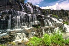 美丽的著名Pongour瀑布 库存图片