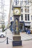 美丽的蒸汽时钟在温哥华-一个著名地标在老镇-温哥华-加拿大- 2017年4月12日 库存照片