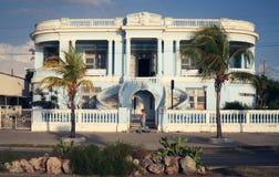 美丽的蓝色房子在西恩富戈斯,古巴 库存图片