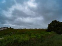 美丽的蓝色阴云密布,多云天空 库存图片