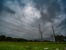 美丽的蓝色阴云密布,多云天空 免版税图库摄影