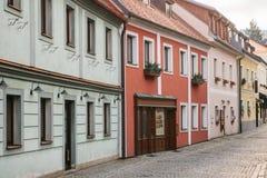 美丽的街道在捷克克鲁姆洛夫镇在捷克 其中一个最美丽的异常的小城市  库存照片