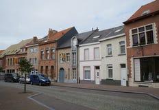 美丽的街道在赫林贝亨,比利时 免版税库存图片