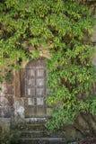 美丽的被围拢的葡萄酒维多利亚女王时代的豪宅进口  库存图片