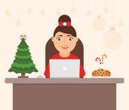 美丽的逗人喜爱的字符妇女,假日树 装饰的工作场所办公室圣诞快乐和新年快乐 庆祝 免版税库存图片