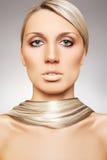 美丽的金发长的模型发光的样式妇女 库存照片