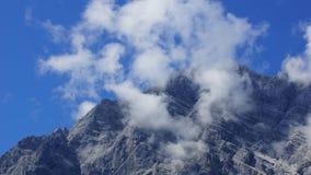 美丽的阿尔卑斯的山顶 免版税图库摄影
