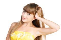 美丽的青少年的女孩纵向有长的头发的 免版税库存图片