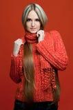 美丽的非常长期头发红色妇女 免版税库存图片