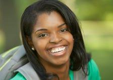 美丽的非洲裔美国人的少妇 免版税图库摄影