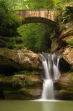 美丽的鞋帮落在老人的洞, Hocking小山国家公园,俄亥俄 免版税库存照片