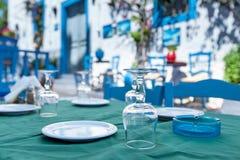 美丽的餐馆在Kos镇 免版税库存图片