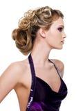 美丽的高雅发型妇女 库存照片