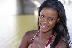 美丽的黑人妇女年轻人 库存照片