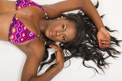 美丽的黑人妇女年轻人 免版税库存照片