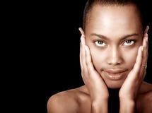 美丽的黑人妇女 免版税图库摄影