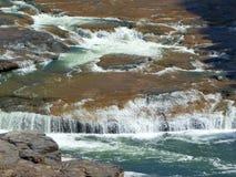 美丽的水在亚利桑那落 免版税库存照片