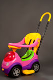 美丽的婴孩现代摇篮车 免版税库存照片