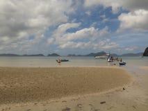 美丽的离开的Corong Corong海滩, El的Nido,巴拉望岛,菲律宾平安的海岛天堂 免版税库存照片